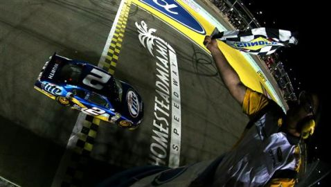 Auto Racing Daily on Championship  As Jeff Gordon Wins At Homestead   Auto Racing Daily