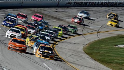 Champions Avoid 'Dega Wild Card Woes