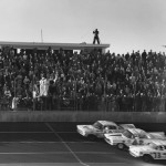 1959_Daytona_500_threewide_finish