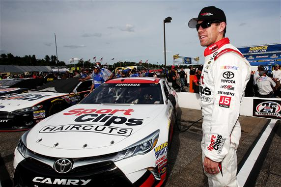 Carl Edwards at New Hampshire Motor Speedway on July 17, 2015 (photo courtesy of Getty Images for NASCAR)