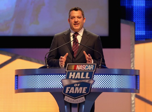 Tony Stewart speaks during the 2016 NASCAR Hall of Fame induction ceremony in Charlotte, N.C., on Jan. 23, 2016 (photo courtesy of Getty Images for NASCAR).
