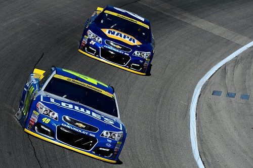 Jimmie Johnson (48) leads Chase Elliott at Chicagoland Speedway on Sept. 18, 2016 (photo courtesy of Getty Images for NASCAR).