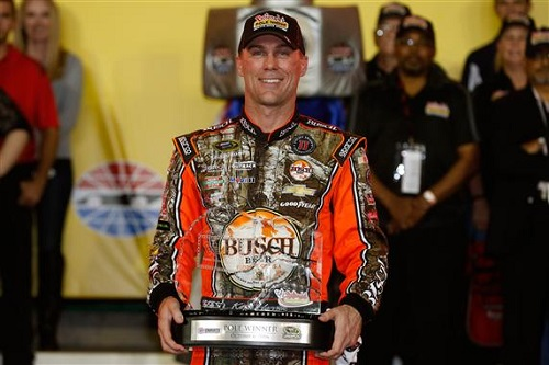 Kevin Harvick honored as the pole sitter of the Bank of America 500 at Charlotte Motor Speedway (photo courtesy of Getty Images for NASCAR).