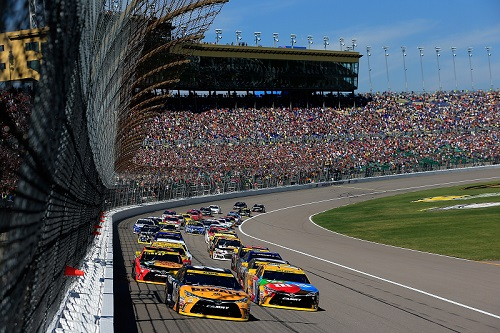 Hollywood Casino 400 at Kansas Speedway on Oct. 16, 2016 (photo courtesy of Getty Images for NASCAR)
