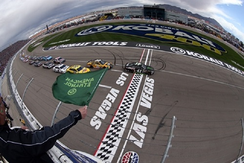The NASCAR Sprint Cup Series takes the green flag at Las Vegas Motor Speedway in March 2016 (photo courtesy of Getty Images for NASCAR)
