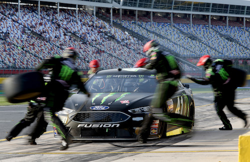 No. 41 Stewart-Haas Racing Ford of Kurt Busch on pit road (photo courtesy of Getty Images for NASCAR)