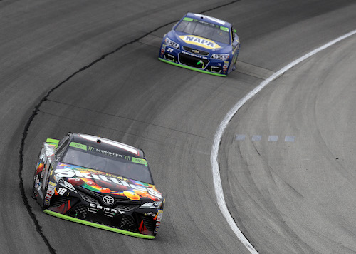 Kyle Busch (18) leads Chase Elliott (24) during the Nickelodeon Tales of the Turtles 400 at Chicagoland Speedway on Sept. 17, 2017 (photo courtesy of Getty Images for NASCAR).