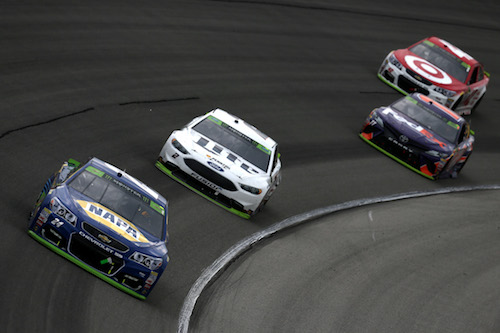 Chase Elliott (24) leads Brad Keselowski (2), Denny Hamlin (11) and Kyle Larson (42) during the Nickelodeon Tales of the Turtles 400 at Chicagoland Speedway on Sept. 17 (photo courtesy of Getty Images for NASCAR).