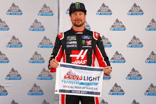 Kurt Busch wins the pole for the AAA Texas 500 at Texas Motor Speedway on Nov. 3, 2017 (photo courtesy of Getty Images for NASCAR).