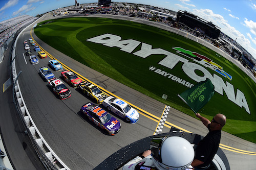 The green flag waves on the 2017 Advance Auto Parts Clash at Daytona International Speedway on Feb. 19, 2017 (photo courtesy of Getty Images for NASCAR).