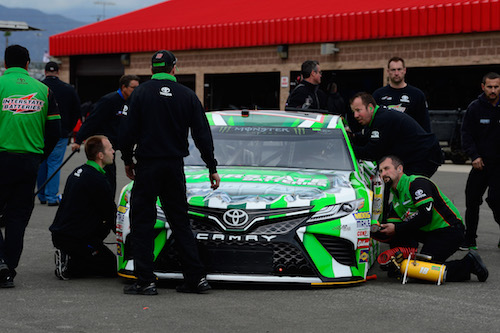 NASCAR Cup: Kyle Busch's crew chief fined for lug nut issue at Auto Club Speedway
