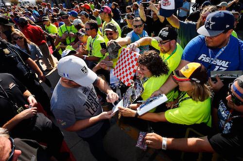 NASCAR Cup: Dale Earnhardt Jr. to drive Brickyard 400 pace car
