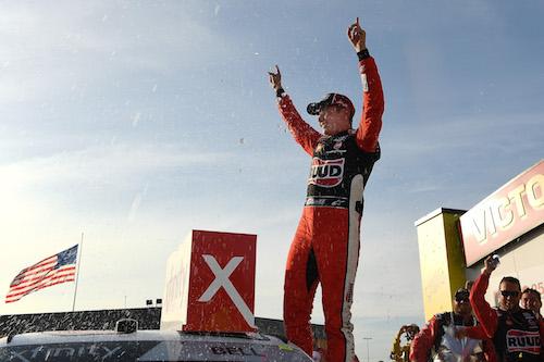 NASCAR Xfinity: Christopher Bell dominates, wins at Iowa