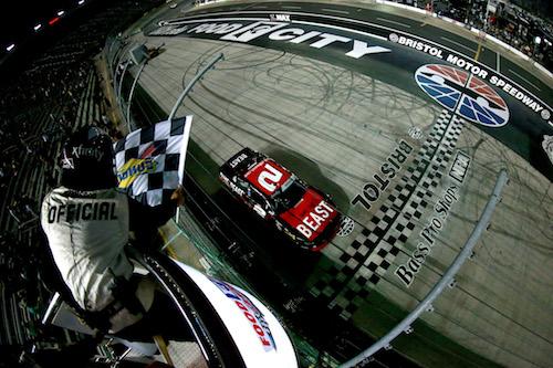 NASCAR Xfinity: Tyler Reddick starts in back, ends up in front at Bristol