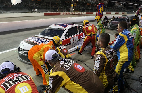 NASCAR Cup: industry awards distributed at Ole Red in Nashville