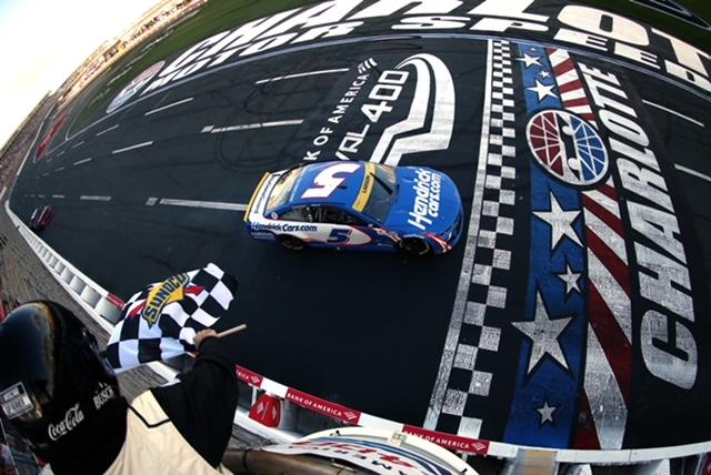 NASCAR Cup: Kyle Larson on pole at Texas